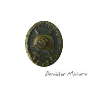 https://www.armistar.com/960-3806-thickbox/insigne-des-blesses-en-noir-ww2-wehrmacht-ss.jpg
